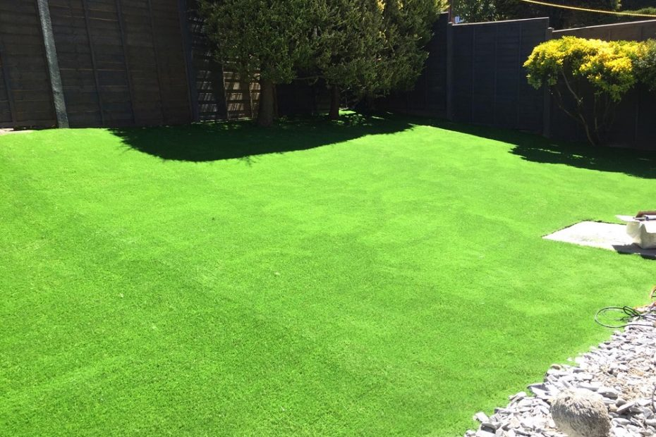 Artificial Grass for your Home & House in Kent